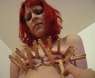 Redhead amour Agony