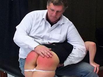 Spanking Sara
