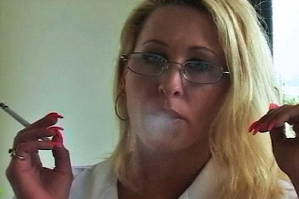 Smoker'sLong Distance Lover