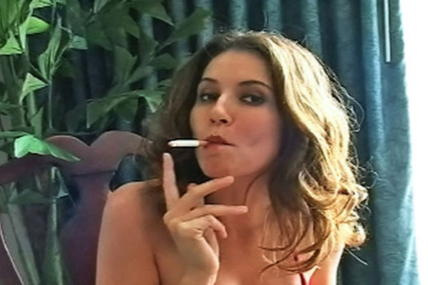 Jamie Lynn Sensual Smoking Goddess