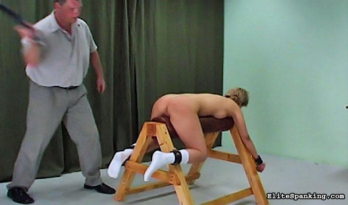 04 Bare Bottom Spanking   Laras Return